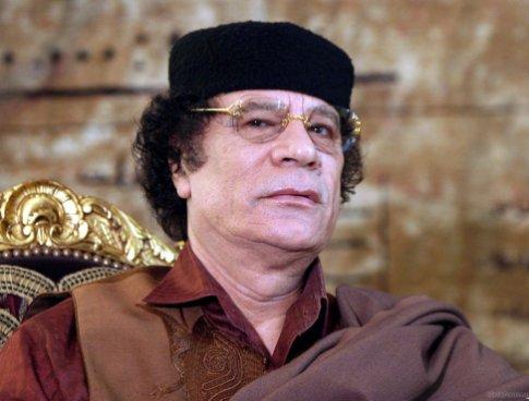 Муаммар Каддафи обкраден и уничтожен