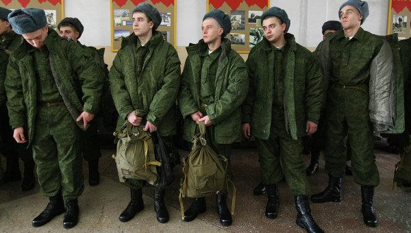 Российских призывников могут отправить служить в горячие точки через 4 месяца службы