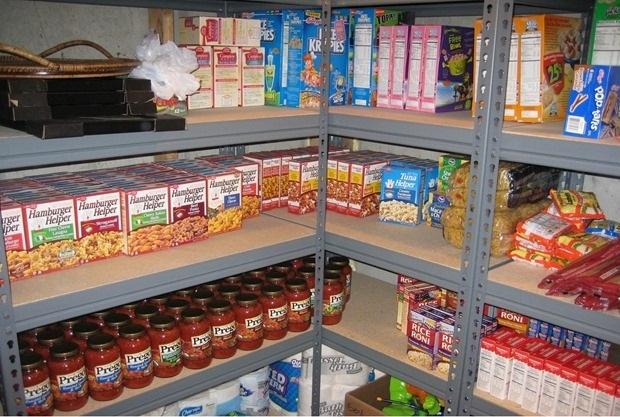 Бытовые приемы выживания: запасы продуктов в кладовке
