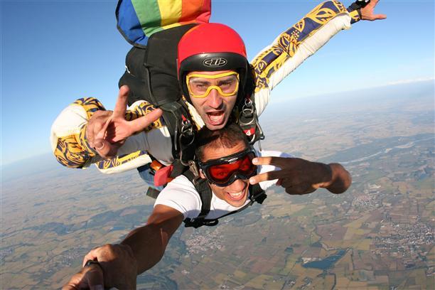 Прыжки с парашютом: подготовка, экипировка