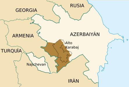 Азербайджан перебрасывает танки к границе Карабаха: карта