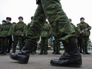 В армию по призыву или по контракту