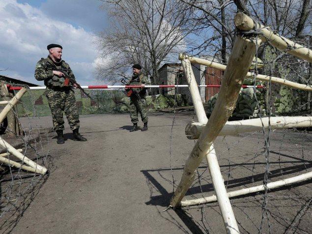 Граница Украины укрепляется противотанковыми сооружениями