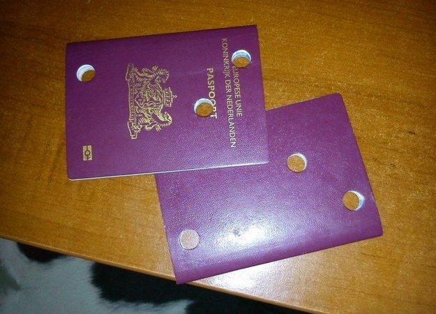 Недействительные паспорта граждан Нидерландов
