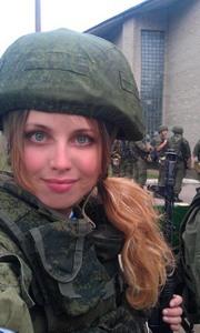 Наши женщины тоже любят армию