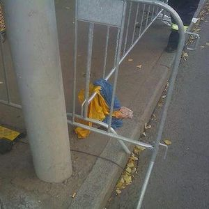 После марша участники просто выбросили украинский флаг…