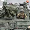 США перебрасывает танки к границам России