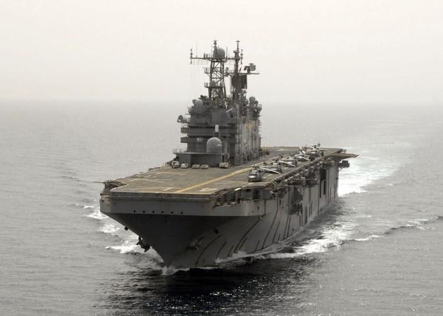 Универсальный десантный корабль America